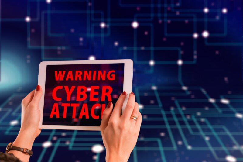 【Wi-Fiの危険性】ウイルス感染した時の症状3選